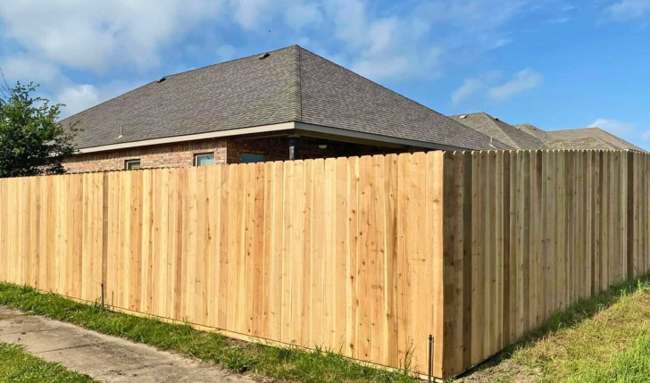 Home and ranch fencing construction in Rockwall, Greenville, and McKinney, Texas