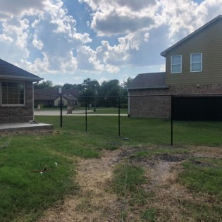 Installing a new chain link fence in Nevada, Texas